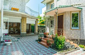 Мини-отель «NaAzove» на Бердянской косе